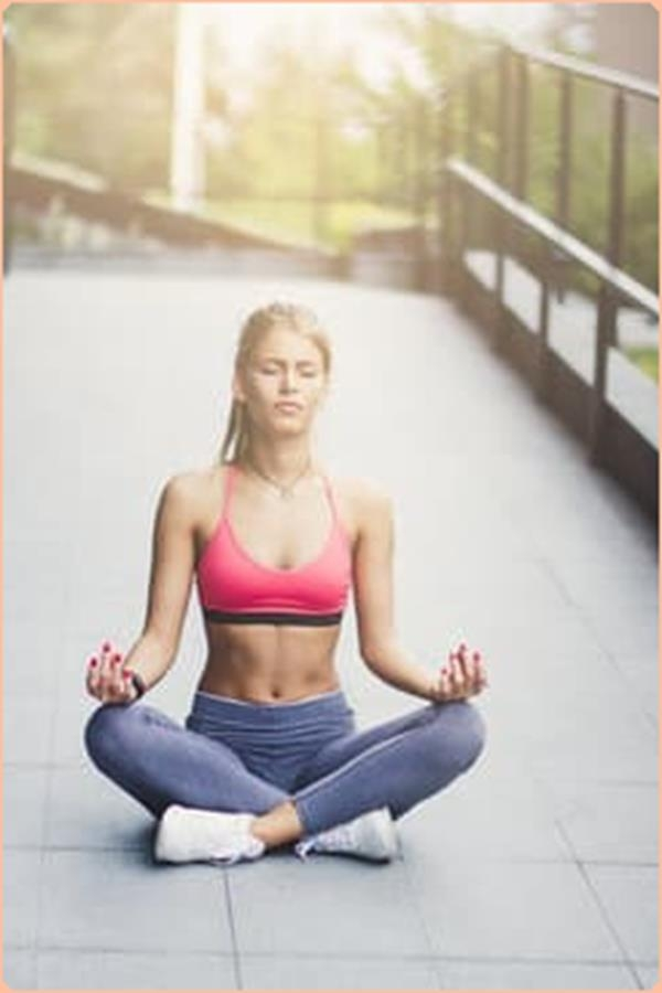 choosing clothes for yoga stretching